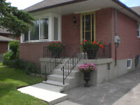 HOUSE FOR RENT / DETACHED BUNGALOW / NORTH YORK