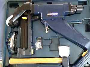 New never used Air Flooring Stapler and Nailer