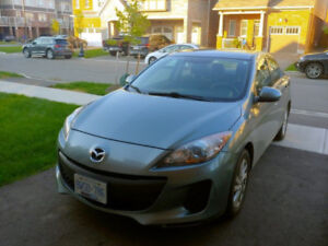 2012 Mazda 3 GS Sky - No Accident - Mint Condition - Bluetooth