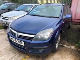 Vauxhall/Opel Astra 1.8i 16v 2006MY Design