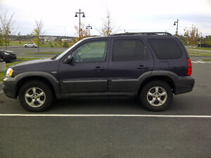 2005 Mazda Tribute V6 SUV, Crossover