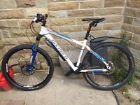 Like new Carrera kraken 2015 mountain bike
