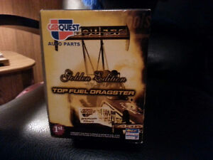 """SELLING CarQuest Top Fuel Dragster """"Golden Edition"""" Cambridge Kitchener Area image 4"""