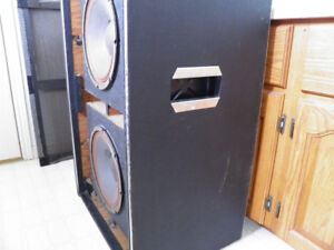 70's era Traynor 2x12 Speaker Cabinet