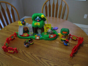 Fisher-Price Little People Zoo.  Includes accessories
