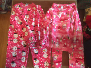 Christmas PJs girls - size 7/8
