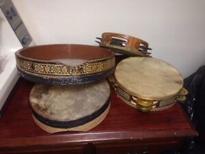 Drum Set and tambourines Daf  60$ for drums set  30$ for Daf