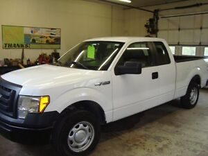 2010 FORD F-150 XL EXT CAB 2WD WHITE IN COLOR $6995 PLUS HST