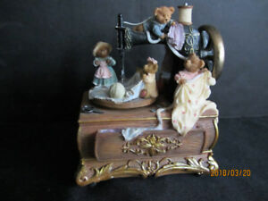 SEWING MACHINE MOTION TEDDY BEAR MUSIC BOX