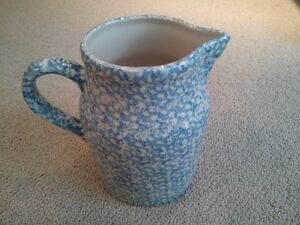 LARGE ROSEVILLE POTTERY BLUE SPONGE WARE PITCHER 8""