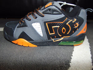 NEW Mens DC Shoes $30