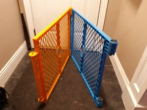 NORTH STATES 2 PANEL COLOR PLAYPEN EXTENSION KIT