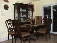 11pc Dining Room Set PRICED TO SELL!!!!