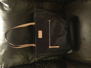 Authentic Kate Spade Navy Patent Tote