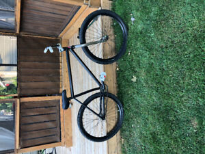 Bombtrack dash fixed gear freestyle bike