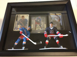 Wayne Gretzky Starting Line up Figures/Cards Shadow Box Display
