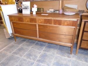 VINTAGE RETRO TEAK WALNUT FURNITURE MCM