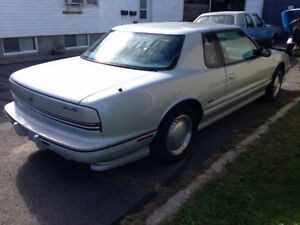1990 Oldsmobile Toronado Coupe Coupe (2 door)