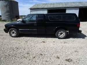 lokking for pre 1987  231 Gm v6 with tranny Rear wheel drive car Kitchener / Waterloo Kitchener Area image 1