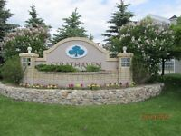 STRATHMORE, AB - Attractive 2 Bedroom Condo