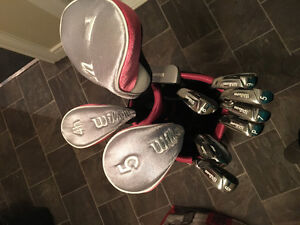 Women's Wilson golf clubs with bag - right handed