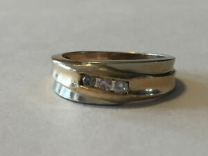 Men's 10K Yellow Gold Ring