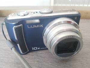 Caméra LUMIX TZ5 de Panasonic, Zoom de 10x.