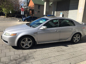 2005 Acura TL| V-Tech| Leather| Safety and Emission| Sun Roof