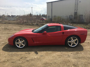 2005 Chevrolet Corvette C6 Coupe (2 door)
