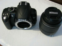 Nikon D3000 10.2MP DSLR Camera w/18-55MM VR Lens new