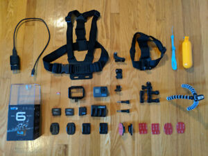 GoPro HERO 6 - Black avec accessoires/with Accessories