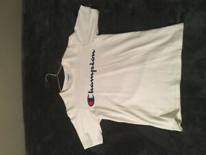 FOR SALE - CHAMPION REVERSE WEAVE T SHIRT  8/10 CONDITION HOT!!