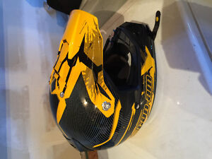 SIZE LARGE CANAM BLACK AND YELLOW HELMET