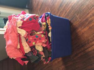 Vêtements fille 18-24 mois 200 morceaux