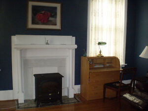 Gorgeous Apartment in Historic Home:June 1; EastCity, Peterb.