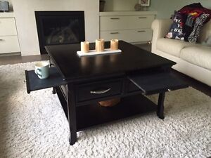 4 piece  coffee table set ( coffee ,  2 sides , console  )  London Ontario image 2