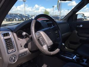 2012 Ford Escape XLT***Leather,AWD,Sunroof*** London Ontario image 13