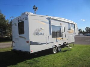 2010 Jayco Eagle 313 RKS 5TH Wheel Travel Trailer **CLEAN UNIT** London Ontario image 3