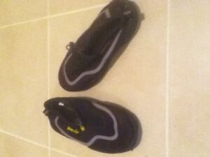 Kids Size 1 Water Shoes