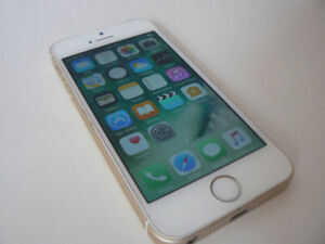 IPHONE SE 16GB Rose Gold factory UNLOCKED Mint Condition