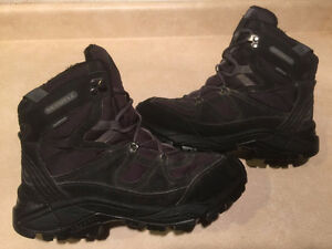 Womens Merrell Waterproof Boots Size 8