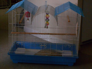 LARGE BIRD CAGE GOOD FROM COCKATEEL TO SMALL FINCHES