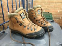 1 pair of size 41 Zamberlan walking boots