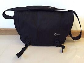 Camera Bag Lowepro Passport Messenger