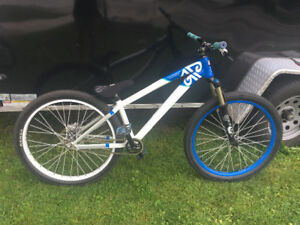 2012 Diamondback Assault Dirt Jumper