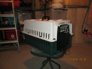 Pet Carriers - large and small Windsor Region Ontario image 1