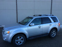 2009 FORD ESCAPE LIMITED 4WD, LEATHER, SUNROOF, BLUE TOOTH