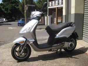PIAGGIO FLY 150, excellent condition, 8 months rego - only 6000km Neutral Bay North Sydney Area Preview