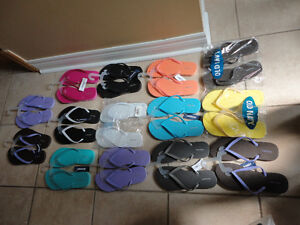 Old Navy women's flip flops slippers Size 6 and 7 Brand new London Ontario image 2