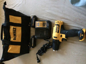 New 12v Lithium Ion Drill/Driver 100$ firm
